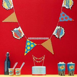 Pop Art Superhero Party - vimpelbanderoll till födelsedagen 3,5 m